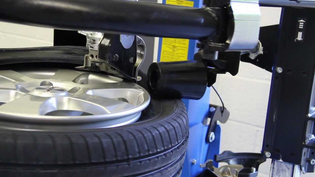Vehicle Tyres Fitting & Balancing